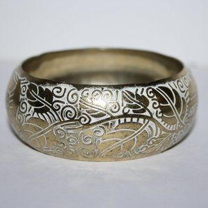 Vintage gold and white leaf bangle bracelet